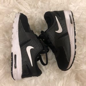 Nike Shoes - Nike AirMax shoes for kids size 7C black